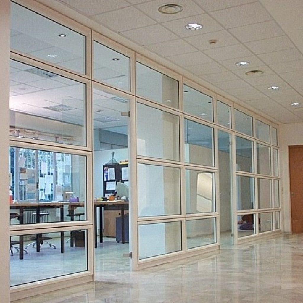 Pareti Divisorie Mobili Vetro : Pareti divisorie in legno e vetro mb regardsdefemmes